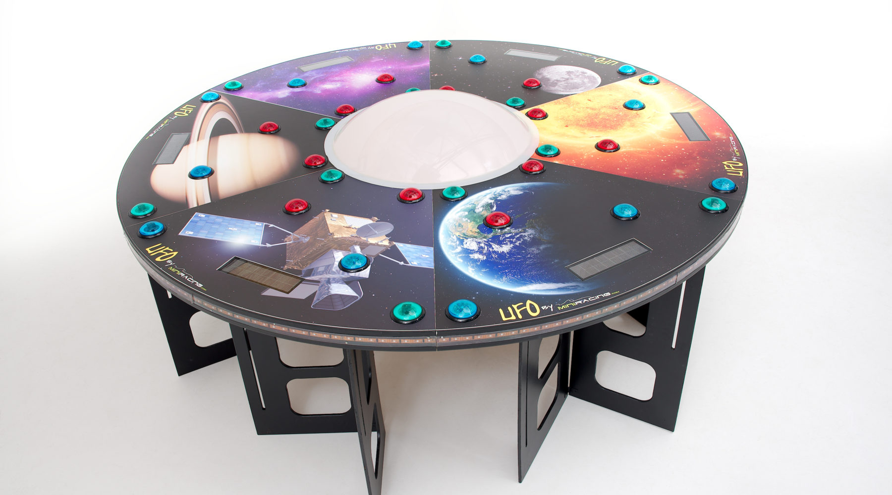 miniracing.com UFO reaction game